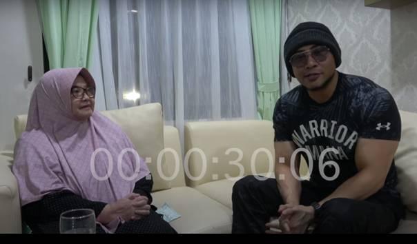 Mantan Menteri Kesehatan Siti Fadilah Bertemu Deddy Corbuzier (Sumber: Youtube/DeddyCorbuzier)