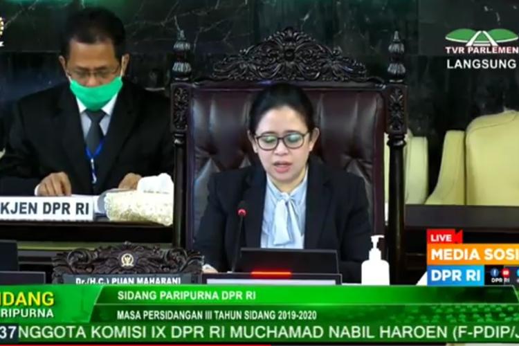 DPR menggelar rapat paripurna ke-14 Masa Persidangan III 2019-2020, di Kompleks Parlemen, Senayan, Jakarta, Selasa (5/5/2020) siang.(via TVR PARLEMEN)